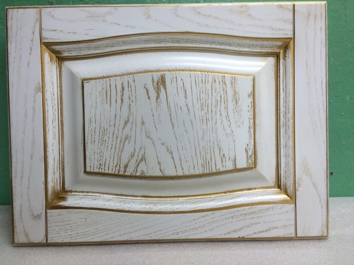 Фасад из массива дуба+шпон, цвет беленый + золото