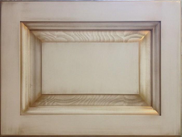 Фасад из массива бука, цвет - белёный с патиной золото